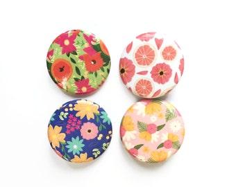 Floral Button Pins, Button badge set
