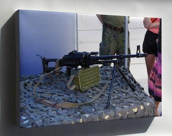 Canvas 24x36; 7,62 Kk Pkm Machine Gun