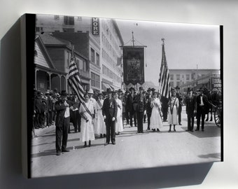 Canvas 16x24; Civil War Musicians In A Memorial Day Parade In Los Angeles, Ca.1915 (Chs-14141)