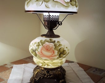 vintage Hurrican Gone With The Wind lamp With Hand painted Roses.