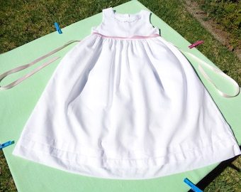vintage strasburg girls dress size 7 years see measurements beach portrait dress white with embroidery floral design