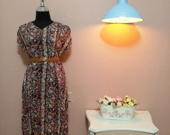 Retro dress. 70s. 1970 Vintage Dress.70's Dress.Vintage Women's dress.Beautiful vintage dress with full of color from 70s.Free Shipping