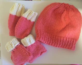 Knit Newborn / Baby hat and bootie set made to order handknitted coming home set MADE TO ORDER
