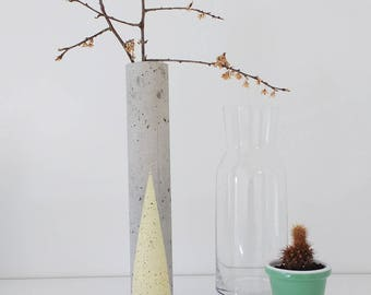 Yellow concrete vase / Flower vase
