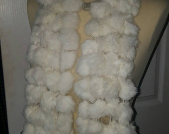 Rabbit fur pompom scarf cream