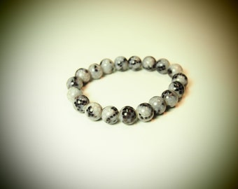 Black & White Crackle Glass Beaded Bracelet on Stretch Cord