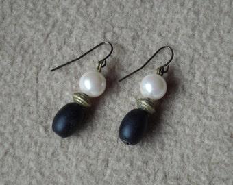 Vintage Earrings; Vintage Jewelry