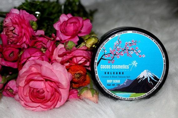 Black Hawaiian salt scrub / Volcano - Coconut & Black lava salt