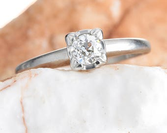 Diamond engagement ring vintage | .31 carat old European cut | Art deco period | platinum | GIA i Si1 | Circa 1930