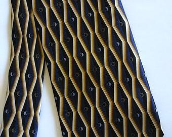 511.  Nice Silk Necktie (extra long)