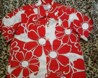 Free Shipping Vintage 1960s Hilo Hattie Hawaiian Shirt
