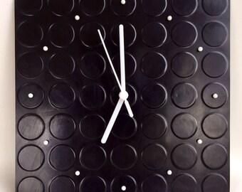 Tomas Spot Clock