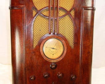 Emerson Radio and Ingraham Cabinet antique radio (1937) AM/SW with mini-jack installed and Bluetooth available!