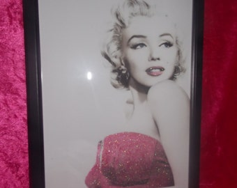 Marilyn Monroe in a Pink Dress Framed Glitter Canvas A4 size