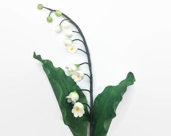 Lily of the Valley Sugar Flowers in white and green for wedding cake topper, bridal shower, diy bride, greenery gumpaste decoration