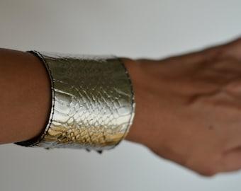 Genuine Snake Skin Cuff Bracelet, Leather Bracelet, Snake Leather Cuff, Silver Leather Bracelet, Silver Leather Cuff, Wide Cuff Bracelet