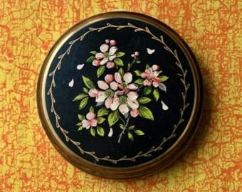 Vintage Matte Black Enamel Floral Design British Powder Compact 1960s