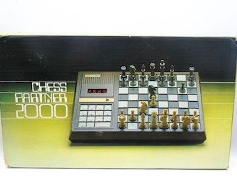 Vintage Chess Partner 2000 electronic chess game from 1980