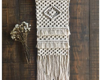 BIRDIE - Mini Macrame Wall Hanging