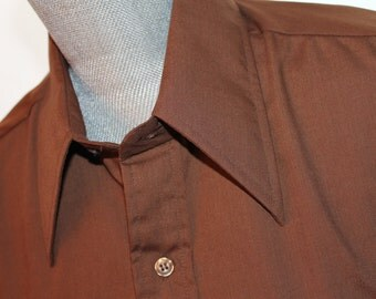 Vintage  Brown Button Down Shirt - Vintage Short Sleeve Shirt - Woolcrest Cotton and Polyester Shirt - Free Shipping within Canada and USA
