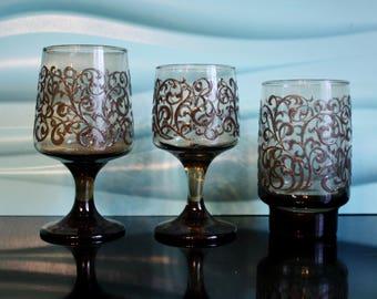 1970's Libbey Prado Glasses, 11 Piece Set Brown smoked glass set, Vintage Glasses Set, Swirl Glass Set, Mid Century, Brown Scrolls, Madmen
