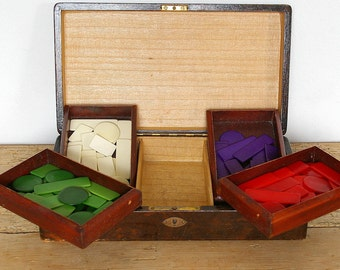 Vintage wooden box game pieces token jetons.L'hombre ombre hombre lomber.Early plastic.Storage box.Jewelry box.Jewelry supply pieces.