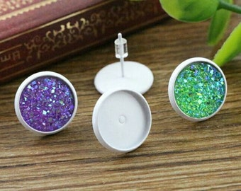 NEW - 20pcs 12mm Bezel - Painted White Stud Earring Cabochon Settings DIY Earrings Jewelry Supply Studs Silicone Earnuts