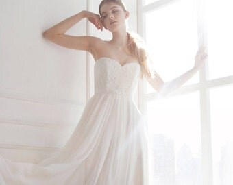 Blush wedding gown // Dahlia // 2 pieces