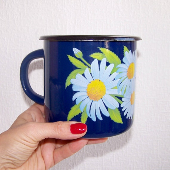 Daisy Kitchen Decor: Large Blue Enamel Mug. Daisy Mug. Vintage Metal Enameled Mug