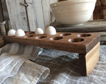 Farmhouse Egg Holder - Nice and Simple Country Style