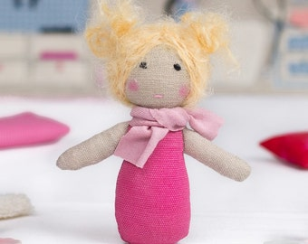 Super Cute Mini Ragdoll (3.5 in) for the Portable Dollhouses - Pink / Soft Toy / Stuffed Doll