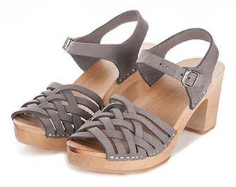 Gray leather clogs   Kulikstyle   Swedish Clogs   Shoes   Sandals   sandals   women clogs   clogs   woman clog   gray