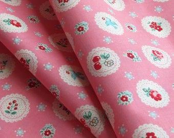 1/2 yard Yuwa Atsuko Matsuyama Japan - Fancy Scallop - Pink - # AT826284