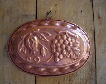 Vintage copper mould.  Copper bread or cake mould.