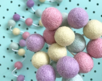 Stone and Co Felt Ball Pom Garland 20 x 2.5cm Balls in Pastel Heaven, Light Mint, Parma Violet , Pale Yellow, Dust Pink For Nursery,,