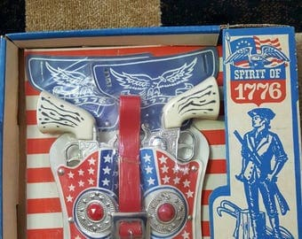 Vintage Spirit of 1776 Toy Guns & Holster Set New in Orig. Box