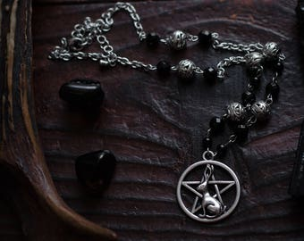 Pagan necklace,hare pendant,rabbit necklace,wicca jewelry,wicca necklace,pagan jewelry,onyx jewelry,pentacle