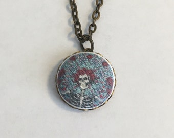 Grateful Dead Bertha Skull & Roses fabric button pendant Dead and Company