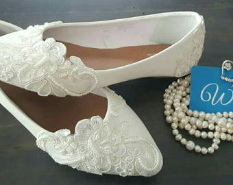 Antique White Lace Pointed Ballet Flat Wedding Shoes