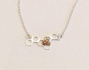 Honeycomb bee necklace, bumble bee necklace, silver honeybee necklace, modern wildlife jewelry, silver geometric jewellery