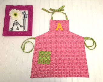 Pink damask personalized apron, girls pink apron, childrens apron, apron with pockets, custom pink apron, pink and green apron, art apron