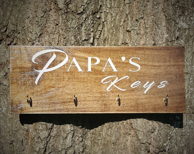 Papa's Keys,  Key hanger, Papa gift, Anniversary Gift, Housewarming Gift, Wooden Key Hanger, Wall Key Rack Design, Key Rack, Wood Key Rack