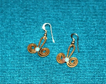 Vintage Turqoise and Metal Earrings Southwest Style
