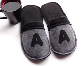 Men Slippers, Monogrammed Gift, House Shoes, Guys Slippers, Initial Slippers, Felt Slippers, Men Shoes, Dad Gift, Customized Gift Idea