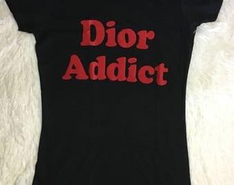 Tee addict/ graphic t-shirt/statement tee