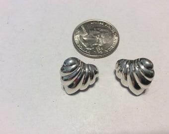 Vintage sterling silver puffed heart stud earrings badn