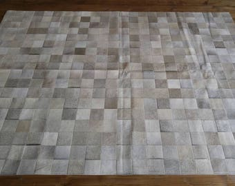 Gorgeous grey/beige cowhide designer rug! 6ft x 8ft