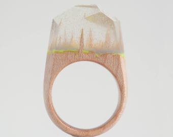 Resin Wood Ring, Epoxy Resin, Shining in the Dark, Wood Resin Jewelry, Wooden Ring, One of a Kind Ring, Wo aodnd Resin, Wood Jewelry