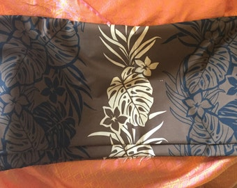 10 yards of Hawaiian Style Printed Cotton Blend Fabric
