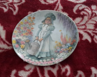 John  mcclelland collectable dish. Mary Mary made in 1979